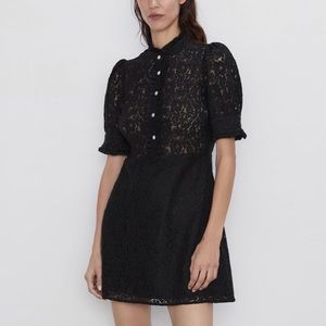 Zara lace dress with jewel button med